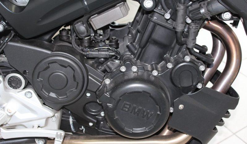 BMW F 800 ST lleno