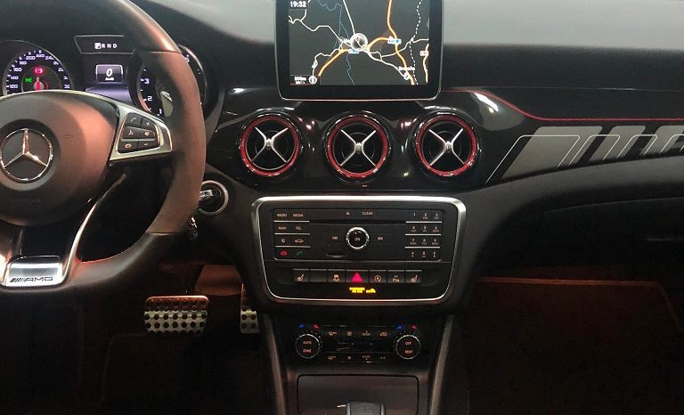 MERCEDES-BENZ Clase CLA CLA 45 AMG 4M Aut. Shooting Brake lleno